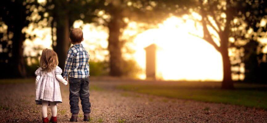 Дети-погодки — особенности воспитания