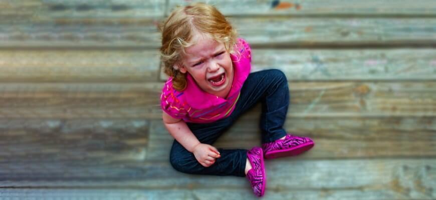 Как реагировать родителям, если у ребёнка истерика?
