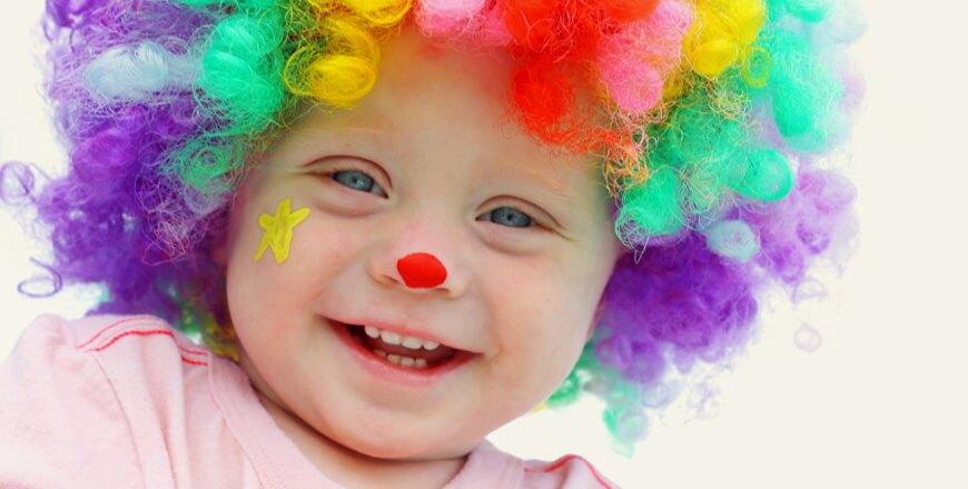 малыш клоун